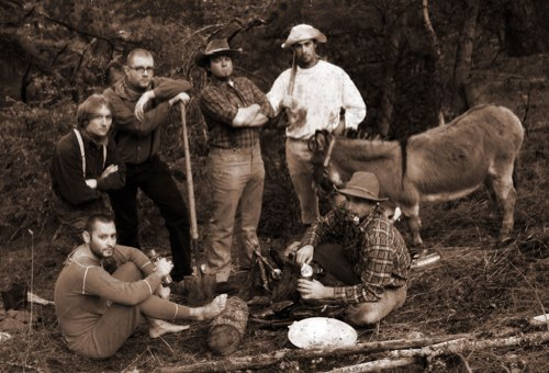 the lefora team